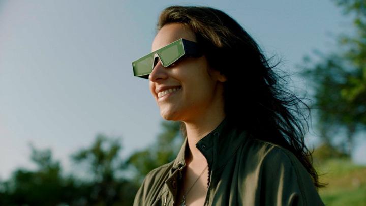 Популярный мессенджер представил AR-очки