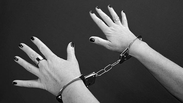 """""""Пнула в живот полицейского и разыграла приступ"""": в Самаре ищут антимасочницу"""