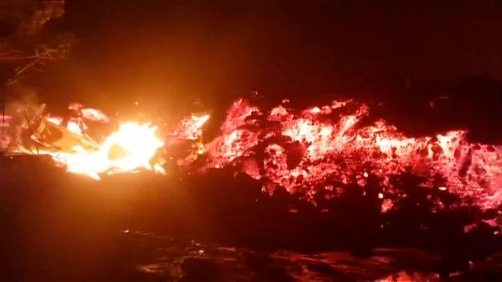 Власти ДРК опровергли сообщения о новом извержении вулкана