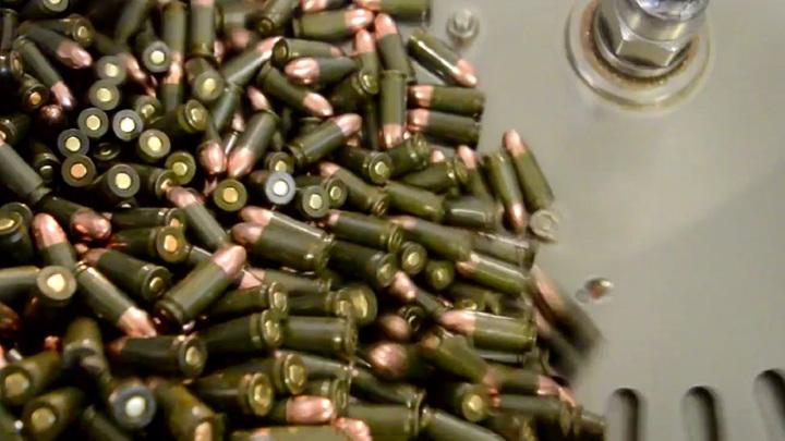50 патронов: против Гудкова возбудили дело
