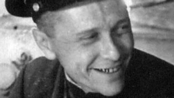 командир 30-й батареи майор Александер Георгий Александрович