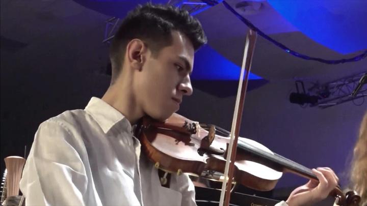 """Воспитанники """"Сириуса""""выступили с Российским молодежным симфоническим оркестром"""