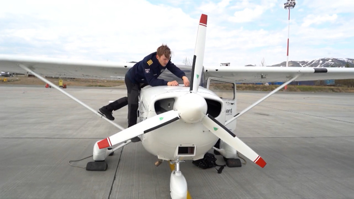 Студент из Англии ради мирового рекорда отправился в кругосветку и приземлился в Магадане