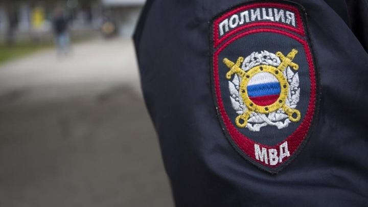 В Череповце лейтенант полиции оказал помощь мужчине с приступом эпилепсии
