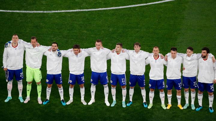 Игроки России узнали результаты тестов на ковид перед матчем с Данией