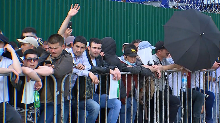 В Москве мигрантам напомнили о скором окончании срока послаблений