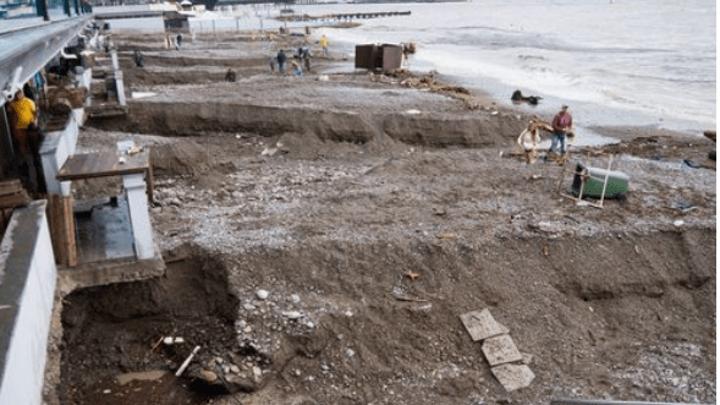 Ялтинские пляжи смыло селевыми потоками