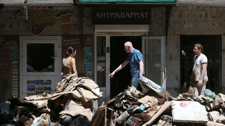 Сергей Аксенов выделил 58 миллионов рублей для пострадавших от потопа в Крыму
