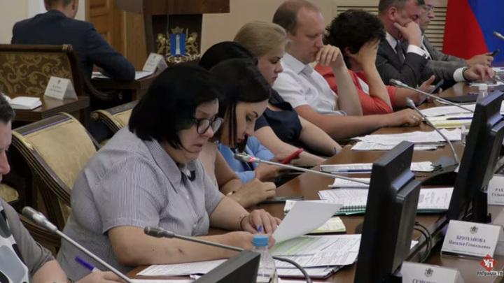 """Министр образования назвала причины вспышки коронавируса в закрытом лагере """"Волжанка"""""""