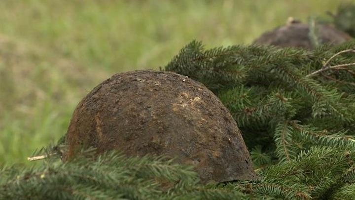 Орловские поисковики нашли останки 8 красноармейцев