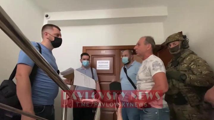 Театр абсурда: в офисе Медведчука в пятый раз прошли обыски