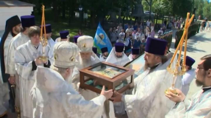 Кострома встречает ковчег с мощами Александра Невского