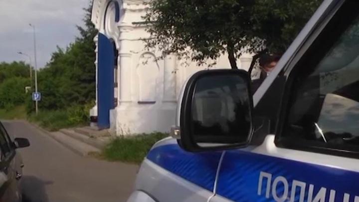 В Татарстане угонщик пытался перегнать автомобиль к себе в гараж на глазах у владелицы
