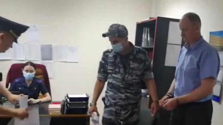 "Директор дочки ""Газпрома"" задержан за накрутку одометра в Ставрополе"