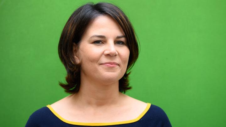 Кандидат в канцлеры Германии ответила на обвинения