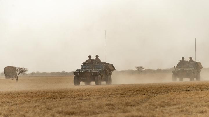 Французская армия закрывает базы в Мали