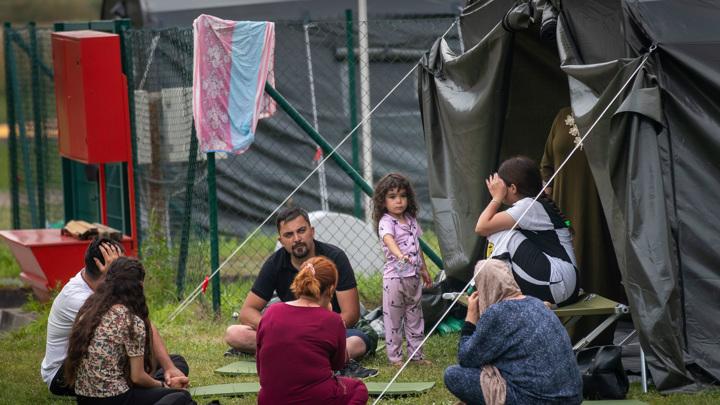 15 тысяч евро за жизнь в палатке в Литве