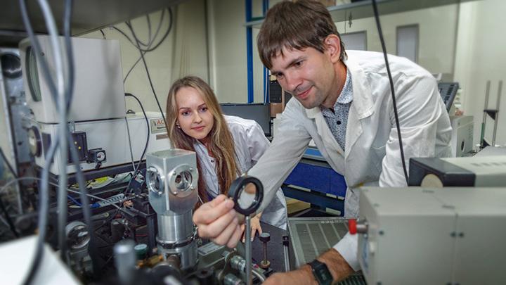 Исследователи из Нижнего Новгорода предложили уникальный метод для получения нановключений гексагонального кремния.