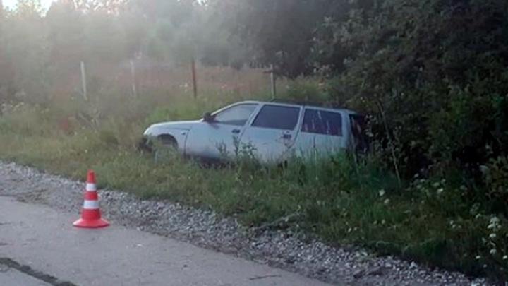 Водитель сбежал: под Пермью беременная двойней погибла под колесами авто