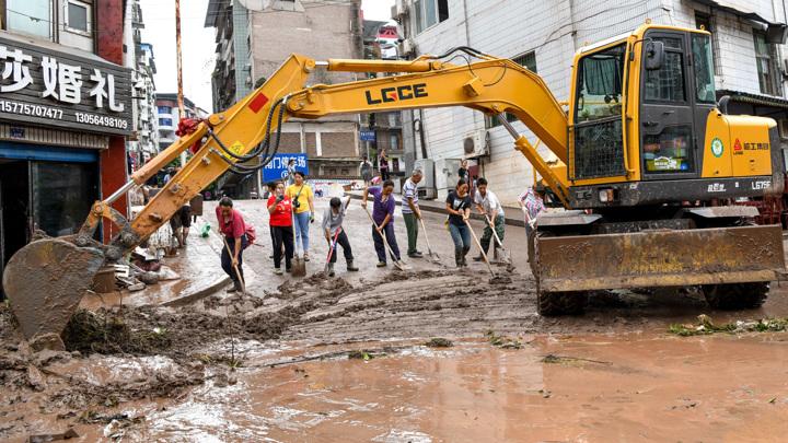 Наводнение в Китае: юг страны готовится к тайфуну
