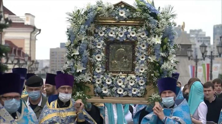 Патриарх Кирилл освятил восстановленный Казанский собор древнего Богородицкого монастыря