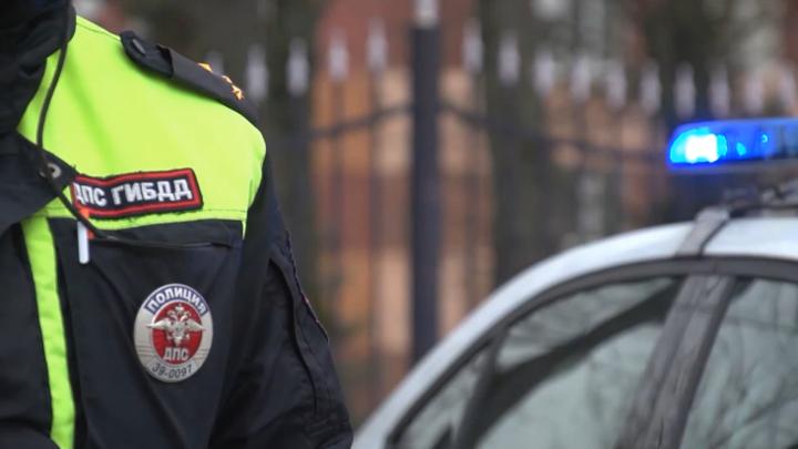 МВД определит места установки камер фиксации использования телефонов за рулем