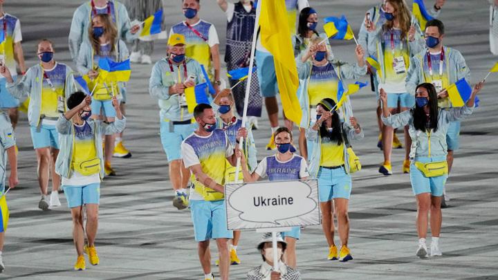 Показ выхода украинской сборной прервали из-за коммерческих обязательств