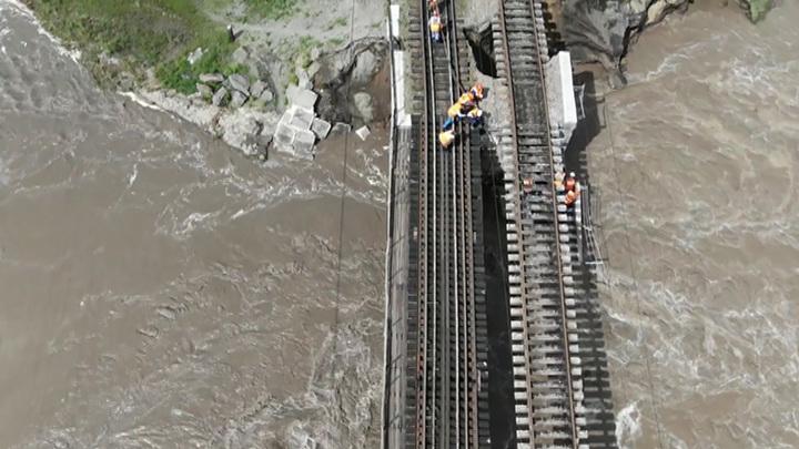 В Забайкалье начали восстанавливать разрушенную паводком инфраструктуру