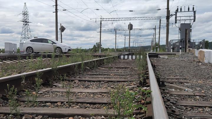 В Тындинском районе на железнодорожные пути сошел оползень