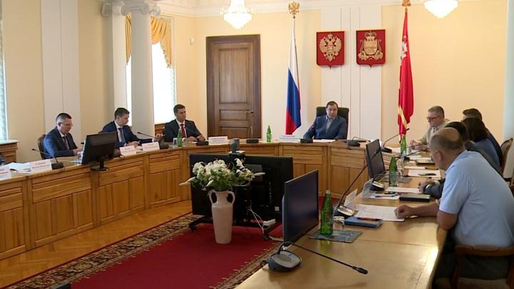 Островский: масштабный ремонт дорог в Смоленске должны завершить до 1 октября