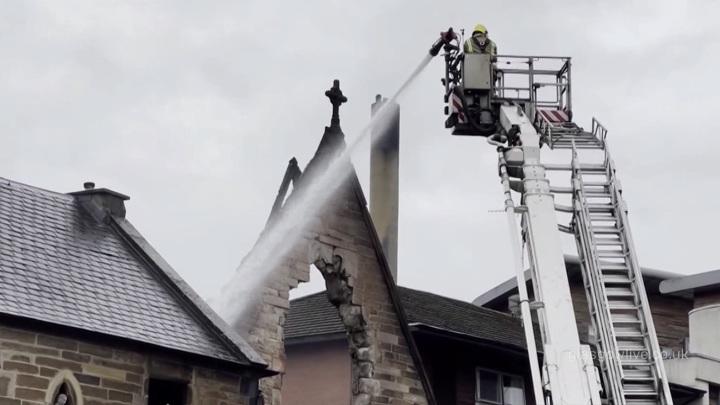 В шотландском Глазго сгорела католическая церковь XIX века