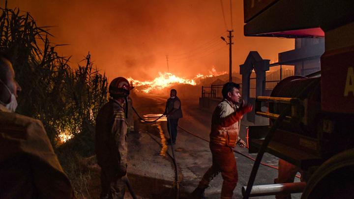 В Турции в ходе борьбы с лесными пожарами удалось локализовать 42очага возгорания