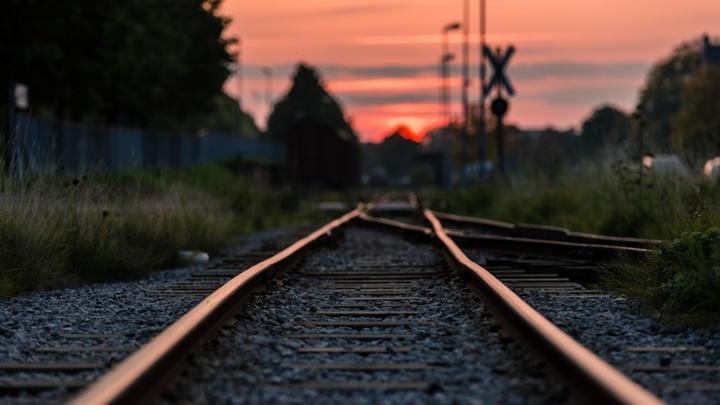 В Череповце молодого человека насмерть сбил поезд