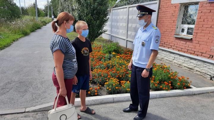 11-летний мальчик из Новосибирска так и не рассказал, почему сбежал из дома в Омск