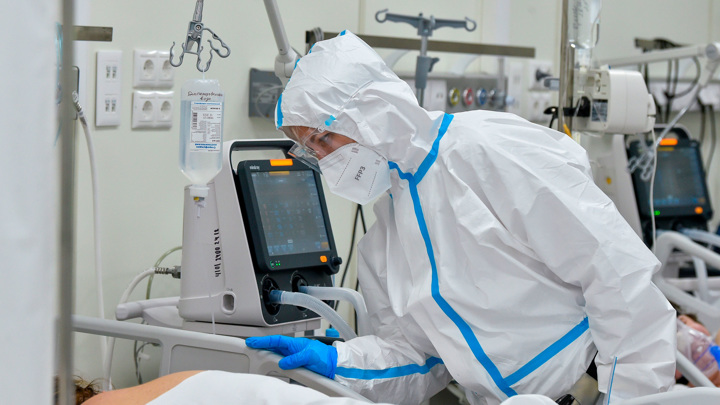 Вирусолог о вакцинации переболевших ковидом: оставьте их в покое