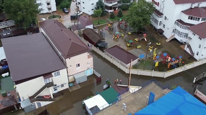 На юге России продолжают ликвидировать последствия мощных ливней