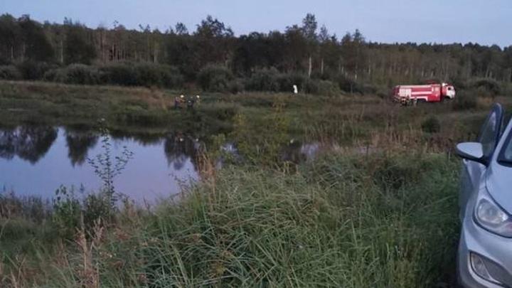В Тверской области водитель утонул в машине