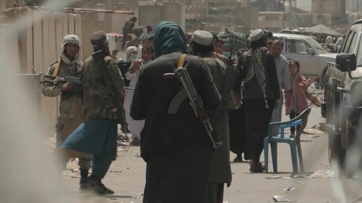 Талибы захватили несколько американских самолетов и военных вертолетов