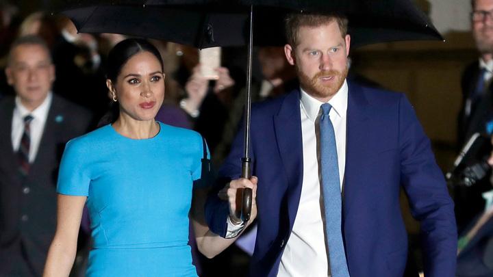 Скандал в благородном семействе: принц Гарри вынудил бабушку нанять адвокатов