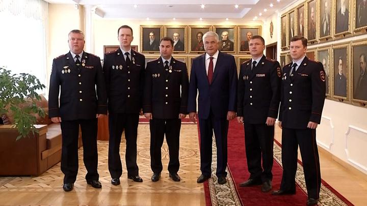 Оперативников, раскрывших убийство Насти Муравьевой, наградили
