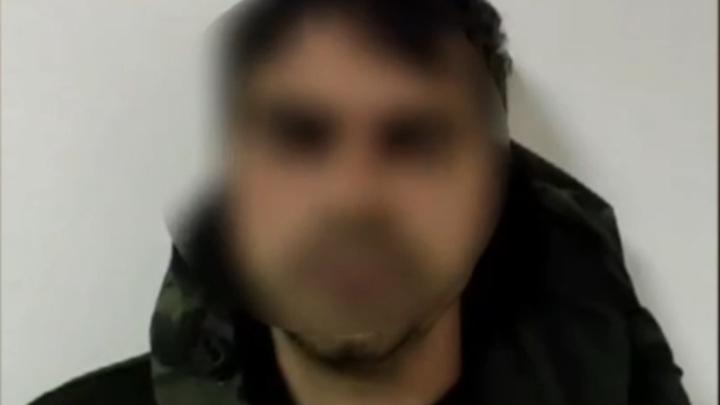 Появились кадры с допроса насильника, державшего жертву в подвале