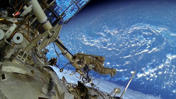 "Аварийная сигнализация в модуле ""Звезда"" разбудила космонавтов"