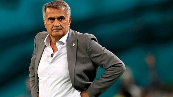 Гюнеш покинул пост главного тренера сборной Турции