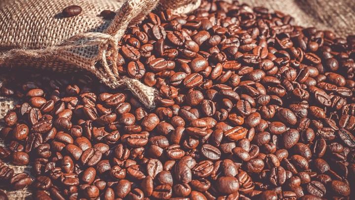 Истинные ценители: в Пятигорске двое местных жителей похитили 8 банок с кофе