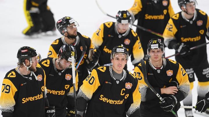 """Хоккейная """"Северсталь"""" в Новосибирске переиграла """"Сибирь"""""""
