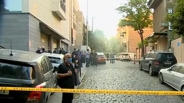 В Тбилиси 9 раз выстрелили в парня, преступник скрылся
