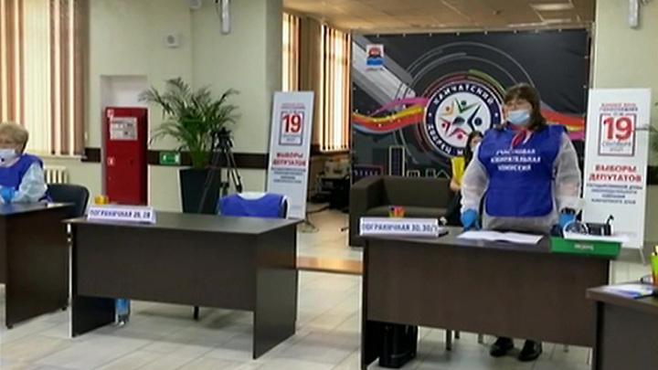 В Общественной палате за первый день голосования выявлено около 7000 фейков