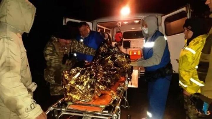 90-летнюю пенсионерку вызволили тверские спасатели из болота