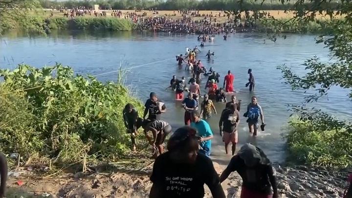 Миграционный кризис в США: власти просят Пентагон о помощи