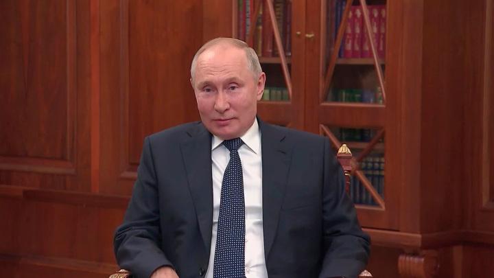 """Он был человеком слова"": Владимир Путин о Лужкове"